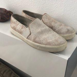 Preloved size 9 Vince slip on shoes